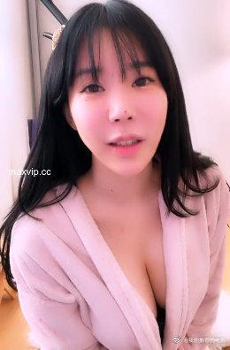 韩国美女主播jd82j-20201017