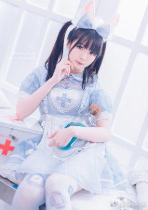 霜月shimo-女仆裙 [14P/158MB]