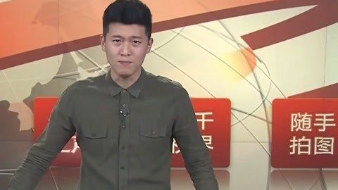 """武汉上演灯光秀 民警""""教科书式""""救人"""