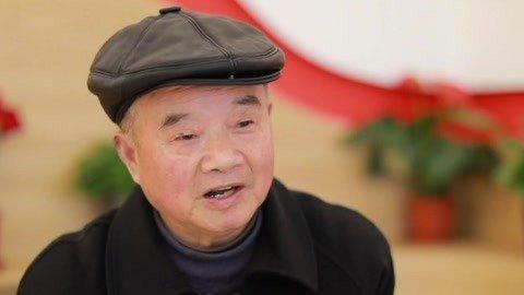 """退休教师成为749个孩子的""""上海爷爷""""搭建沪赣爱心桥"""
