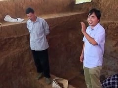 史前最大墓探秘 斧钺 神秘器物 墓主人究竟是谁