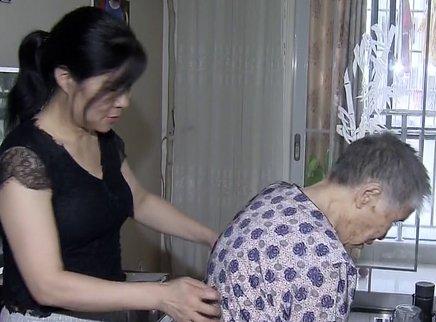 九十四岁妈妈赡养为何矛盾重重