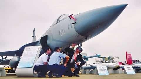 枭龙战机能扔核弹了?不是想象:巴军真研制出来了