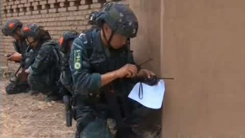 警界女枪王为国争第一 中国武警特训纪实
