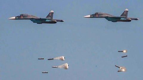 大批战机空袭伊德利卜