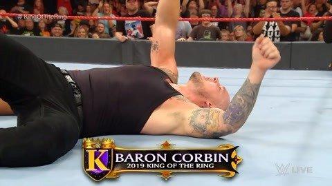 科尔宾击败难缠对手 夺指环王冠军