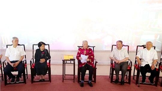 致敬共和国医者——中医传承70年