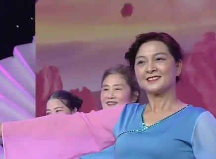 广场舞《我爱你中国》