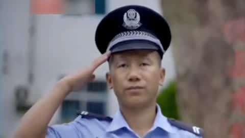车冲进面馆撞伤两服务员 专访边防缉毒兵王郑兆瑞