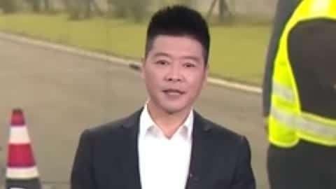 南京现发光的智能斑马线 交警现场测试饮酒前后对比