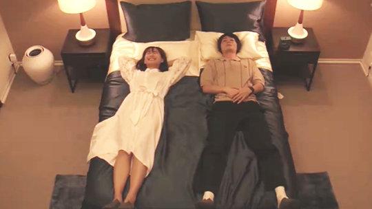 国外综艺品一品→中国版新垣结衣和日本版霍建华7天同睡一张床?这些