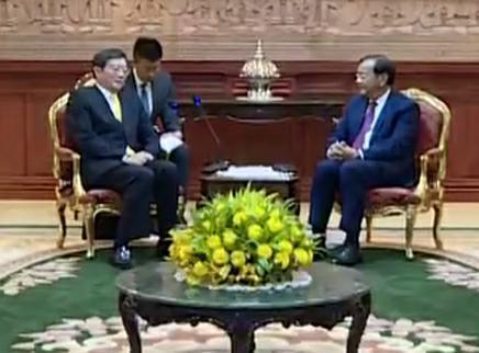 杜家毫率中共代表团对柬埔寨进行友好访问