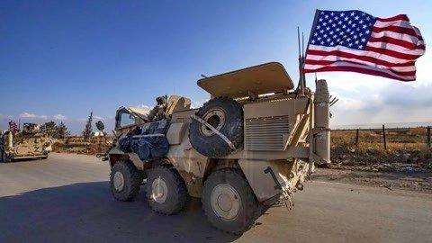 大批美装甲车进入叙利亚