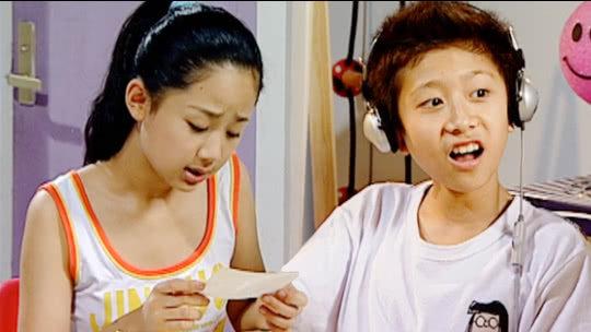 当刘星夏雪被逼在家上网课,真情实感的看哭了