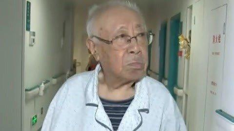 刘江晚年三次患癌 不改乐观坚强