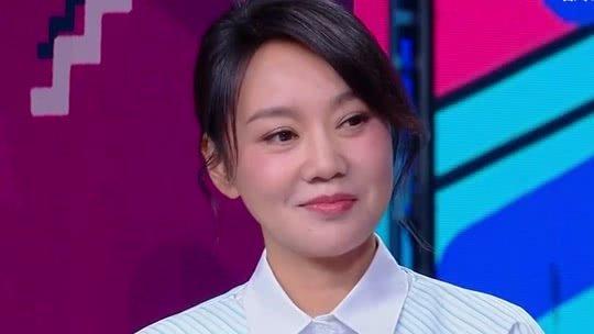 佟丽娅小岳岳袁弘闫妮现场为快本庆生