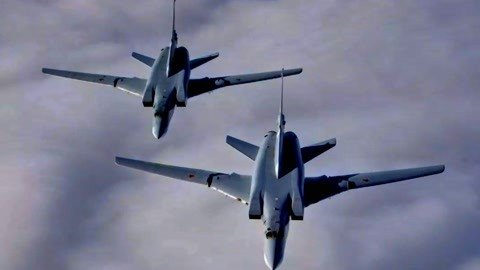 俄轰炸机试射新型导弹