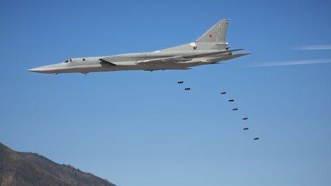 俄军举行大规模演习