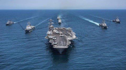 美两艘航母齐聚地中海