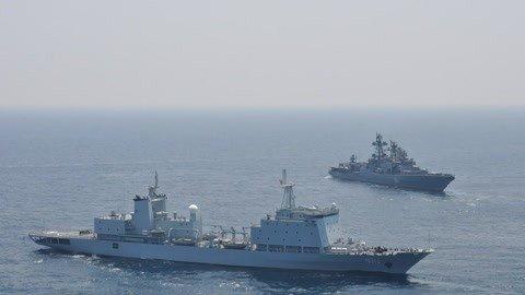 北方四岛云集大批军舰