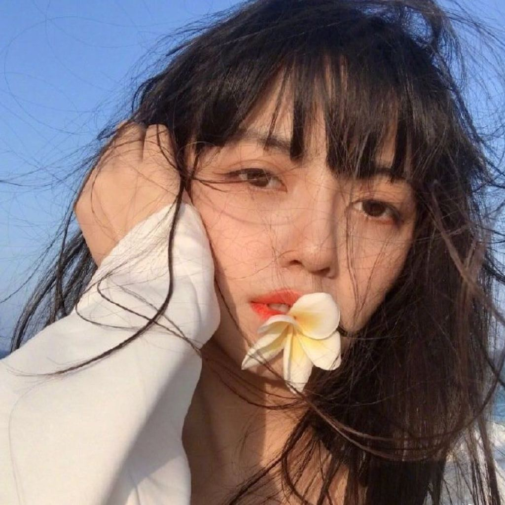 爱情就像罂粟花,美丽又上瘾。商务加QQ911730267