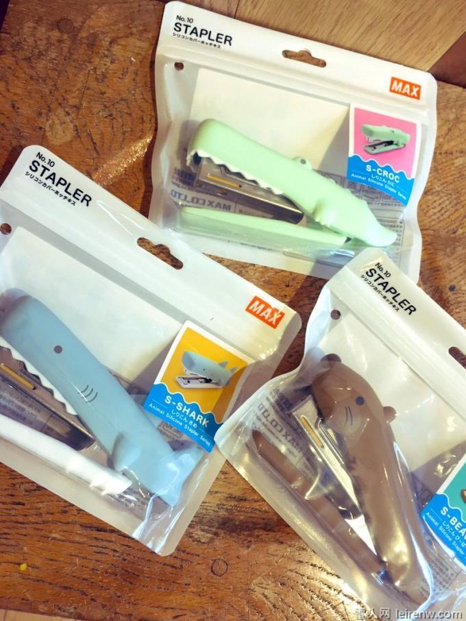 日本謝楠學姐推出「動物釘書機」,讓紙張被鱷魚「緊咬不放」萌到不行!