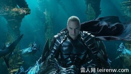 《水行侠 Aquaman》──华丽无边的海□ 底史诗