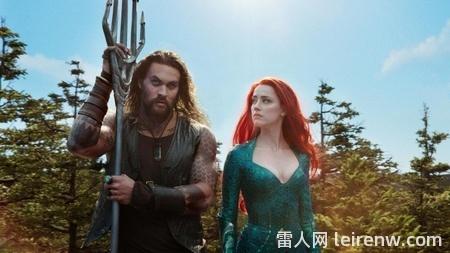 《水行侠 Aquaman》──华丽无狂�L直接禁�d了肖狂刀边的海底史诗