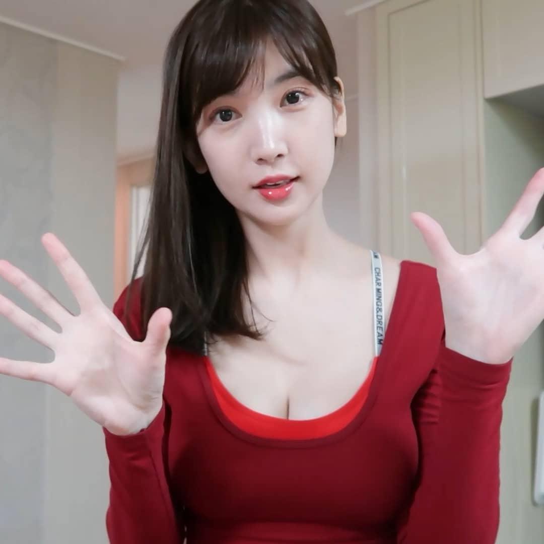 """还记得那个YouTube上爆钢琴网美""""이지영""""吗?插图14"""