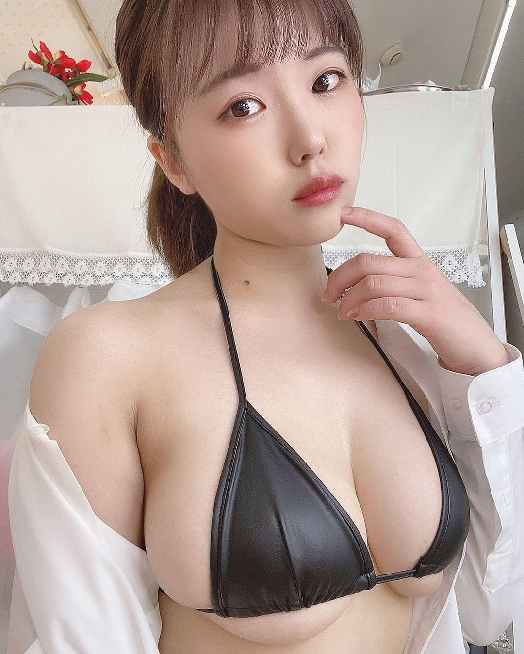 日本美女大生桜田なな半露酥胸放送性感上帝视角 养眼图片 第7张