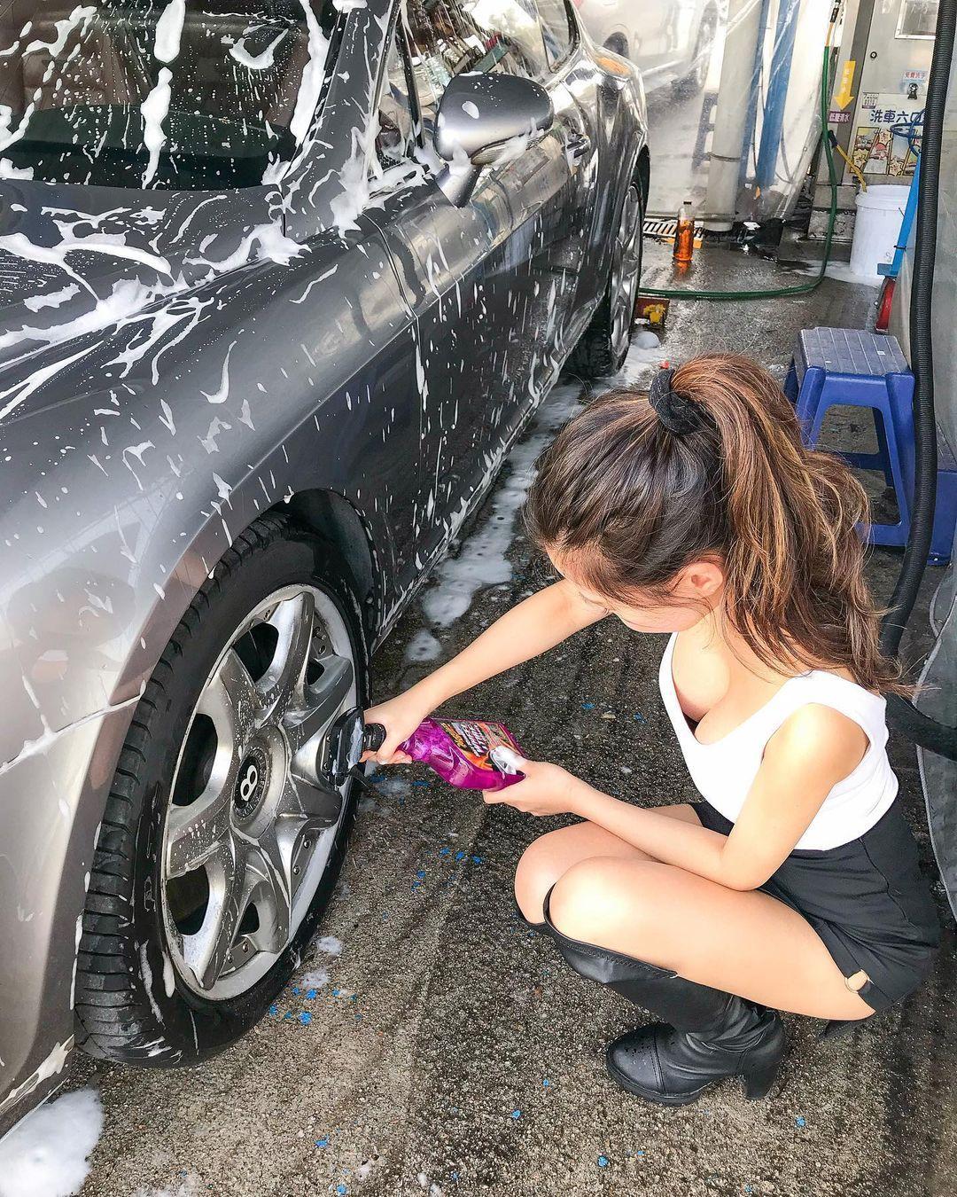 大胸妹叶凯琪自助洗车呼之欲出爆风景让人看傻眼 男人文娱 热图3