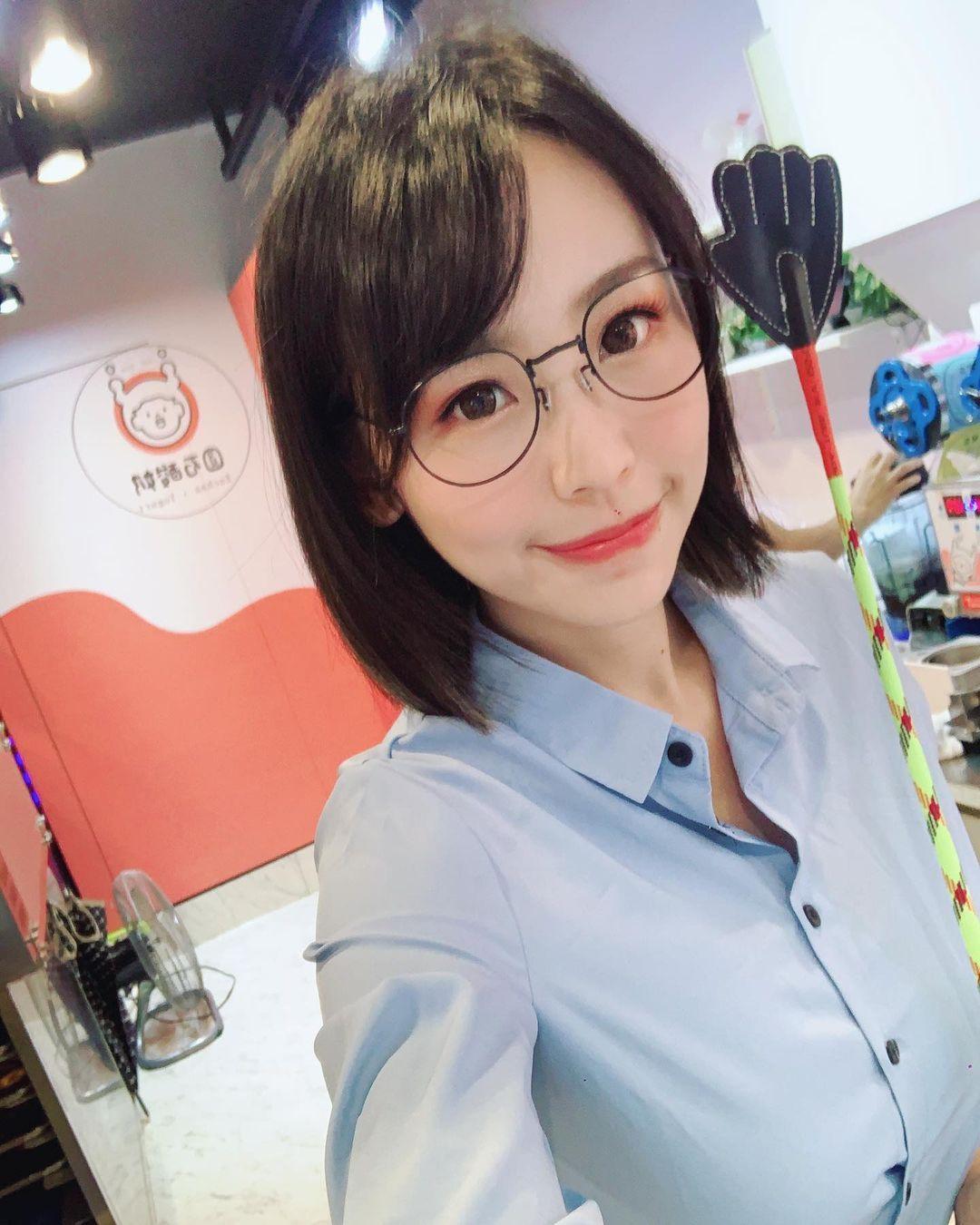 台版女郎新垣结衣希希CC换上了海军制服 网络美女 第5张