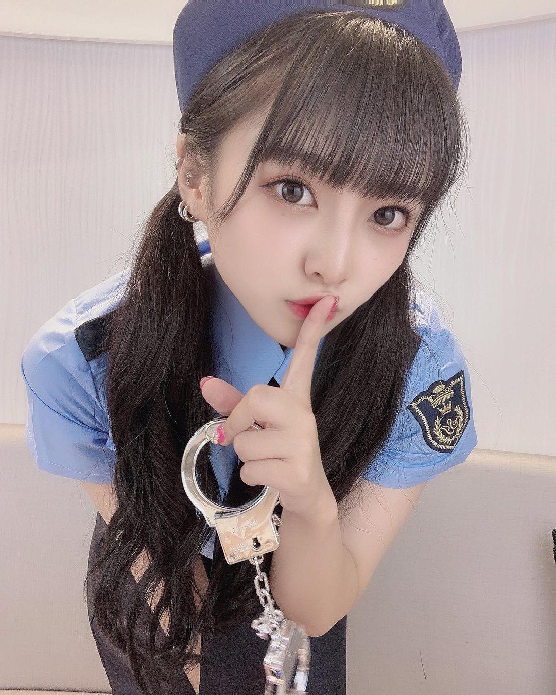 大眼美女@神城ののか 咬发圈撩马尾模样超可爱 网络美女 第3张