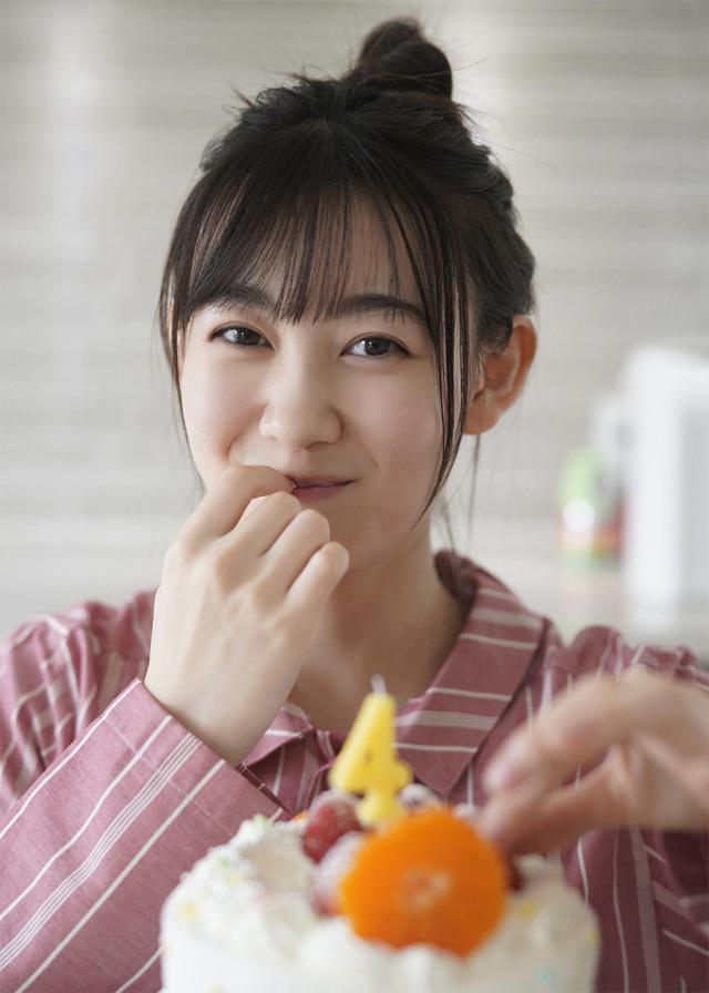 无敌妹子-日本17岁可爱妹子松尾美佑气质清纯