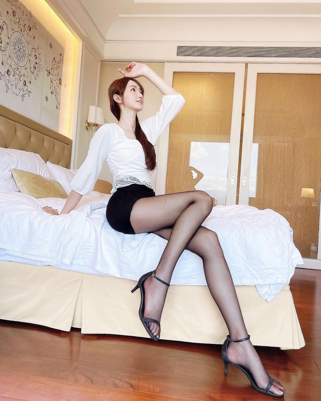 长腿连发173cm窈窕正妹Sansa珊莎美腿好逆天,好辣 网络美女 第6张