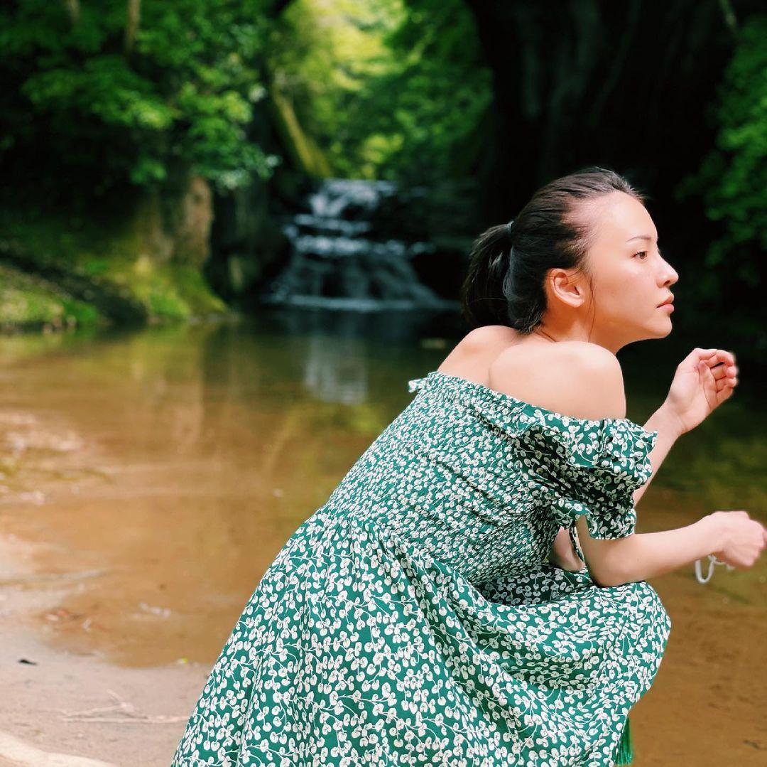 美艳御姐奈月セナ身型超暴力 白皙嫩腿修长 网络美女 第7张