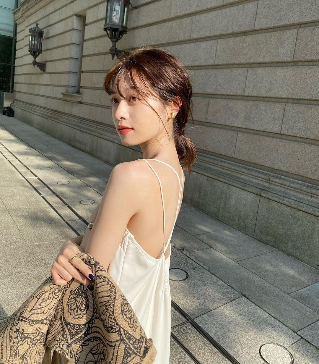 东京私立名校毕业的美女时装设计师日本妹子的清新甜美气质真的好可爱 养眼图片 第4张