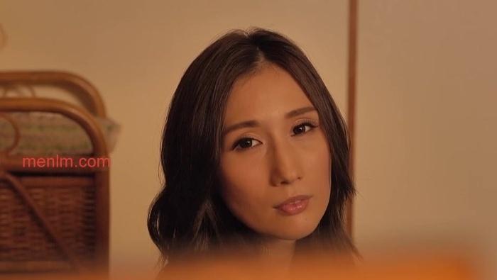 waaa015JULIA信息一览优美美容师JULIA朋友密室剧情 雨后故事 第1张