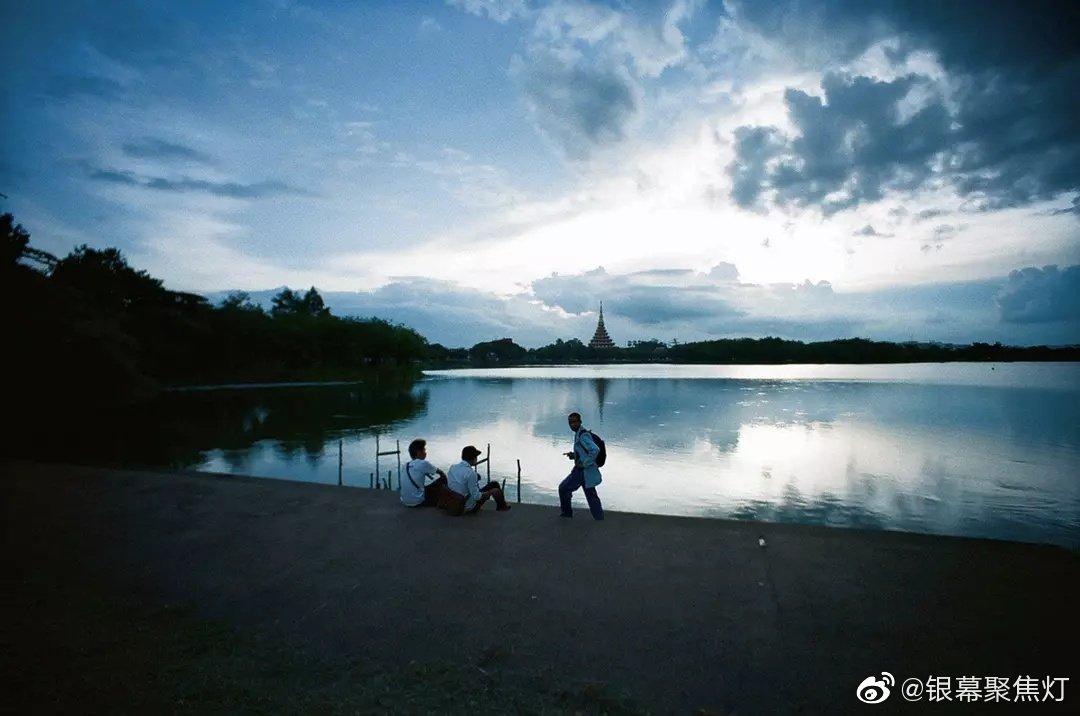 《幻梦墓园》的剧照2