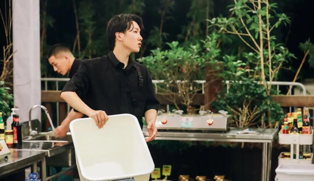 宅男电影《中餐厅4》的图片 第7张
