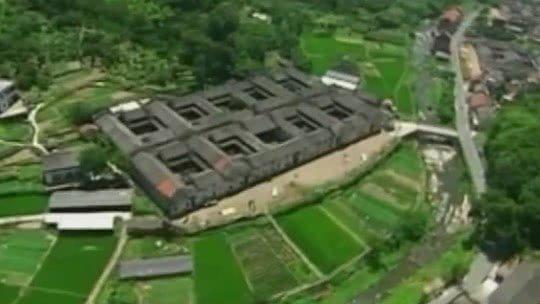中国神秘宝藏之谜·深山里的怪屋