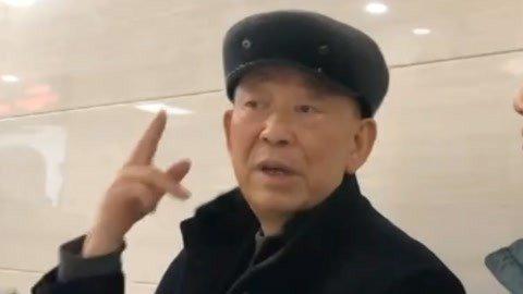 徐春华的三个承诺 为回报家乡贡献力量