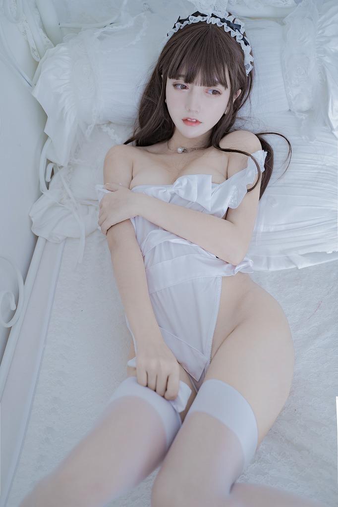 12 (18)