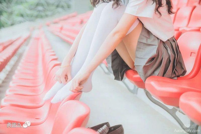 萌系小姐姐木绵绵 灰色JK制服_17