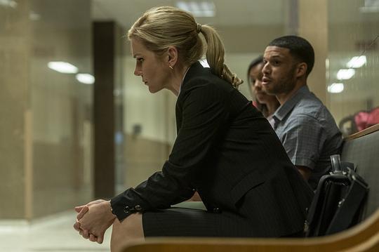 风骚律师第五季图片