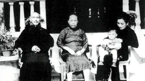 蒋介石原配痴情一生被离婚 捍卫婚姻死后却无名无分