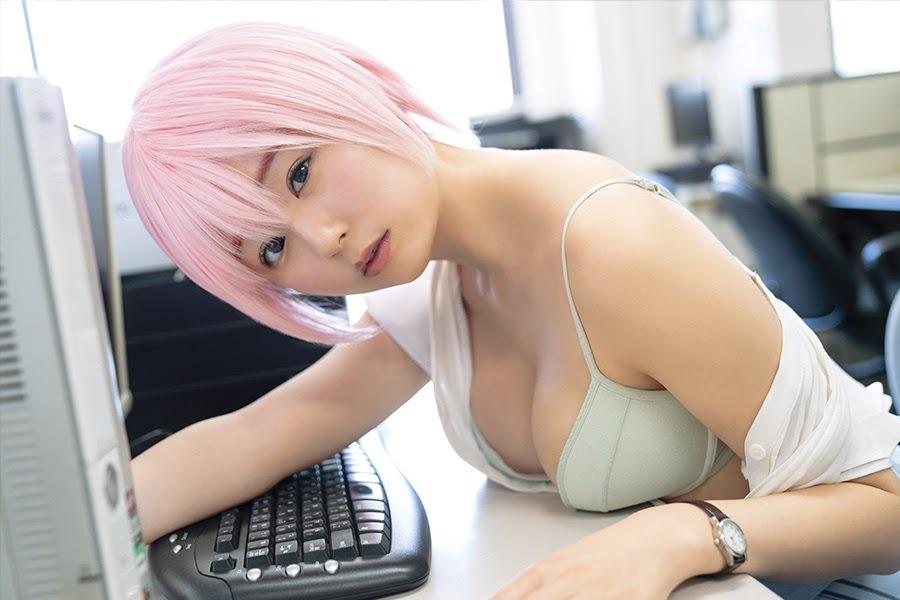 伊织萌 栗田惠美-Young Gangan 2021年第九期  养眼图片 第37张