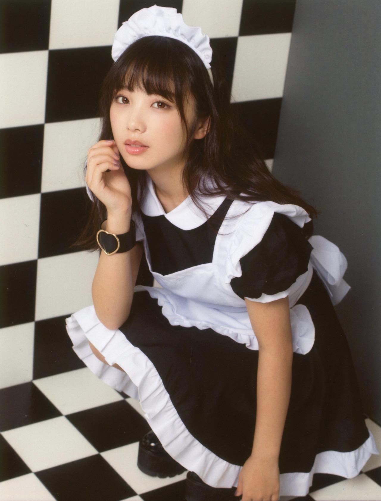 00年生日本小姐姐「与田祐希」女仆装 美呆了 第3张