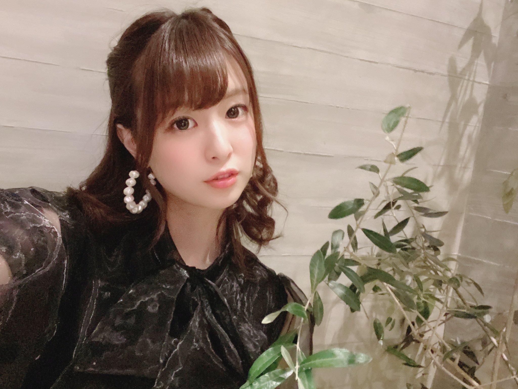 hikari_ninoheee 1250088835083407362_p3