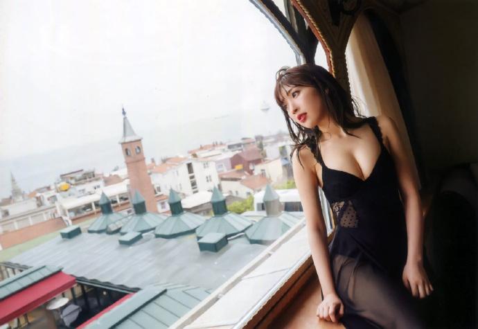 豊田萌絵 写真集 moEmotion_和邪社178
